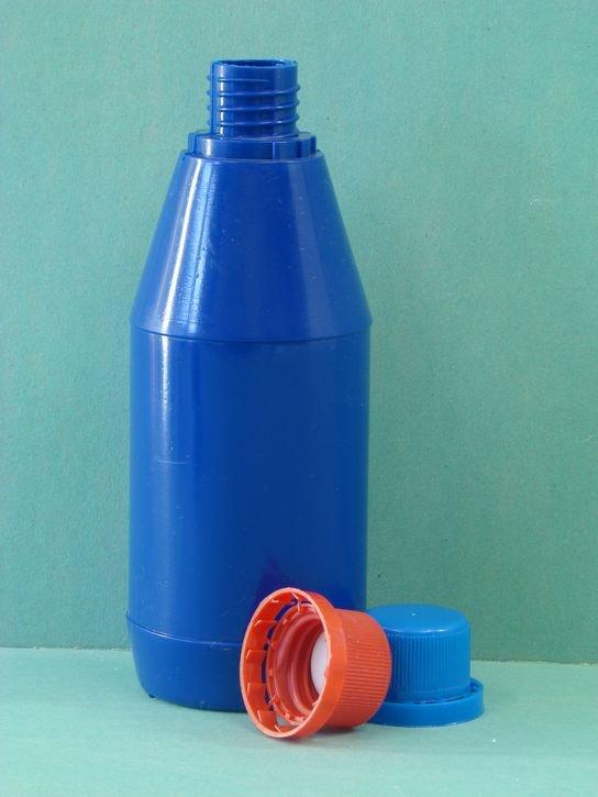 Пластиковая бутылка для автохимии 0,33 л