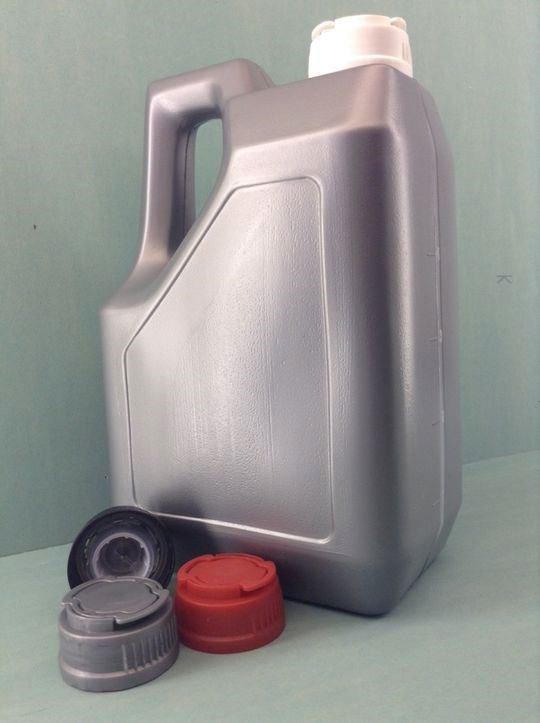 Емкость для горюче-смазочных материалов 5,2 л